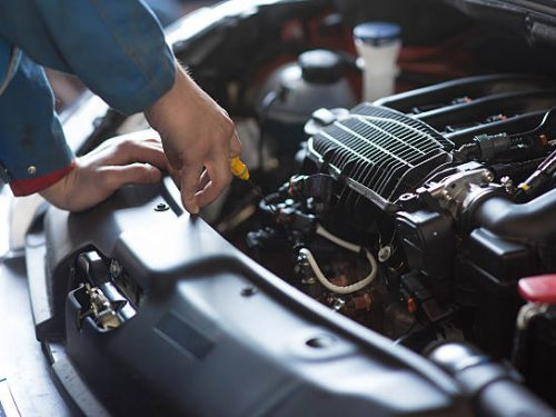 Picking the Right Car Repair Service: Tips
